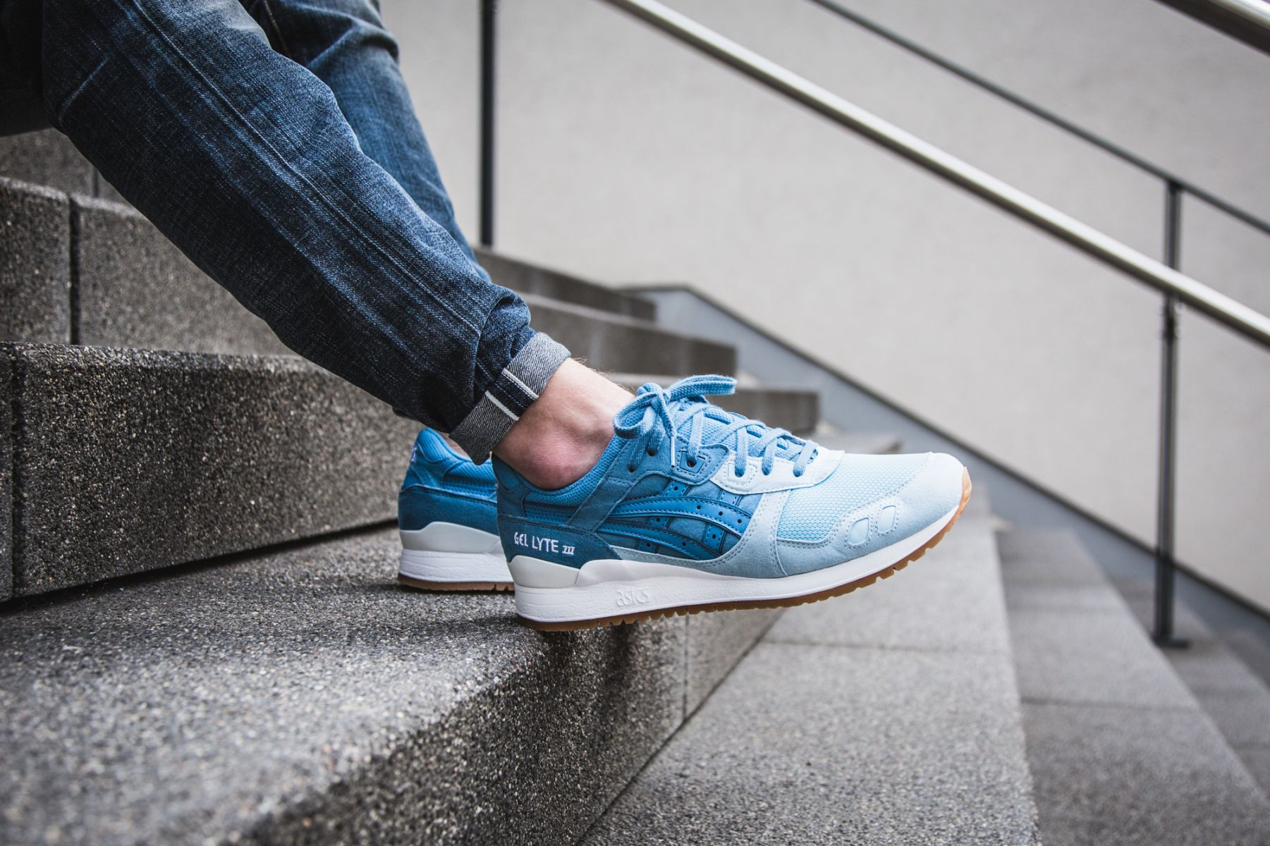 asics-gel-lyte-iii-blue-h7e4y-5456-mood-1