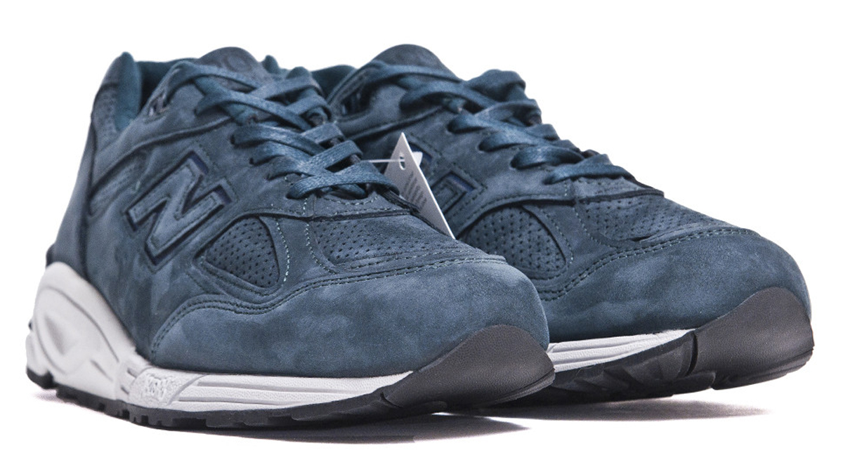 new-balance-lost-and-found-m990drk2-dark-green-navy-made-in-usa-1