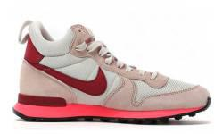 Nike Wmns Internationalist Mid за 4550 руб.