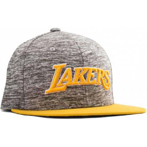 Adidas NBA Los Angeles Lakers за 1600 руб.