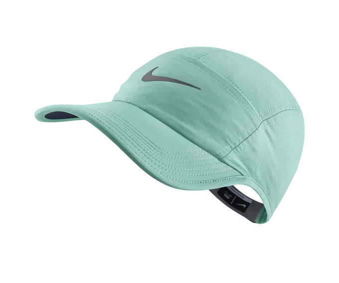 Nike AW84 Adjustable Running Hat за 800 руб.