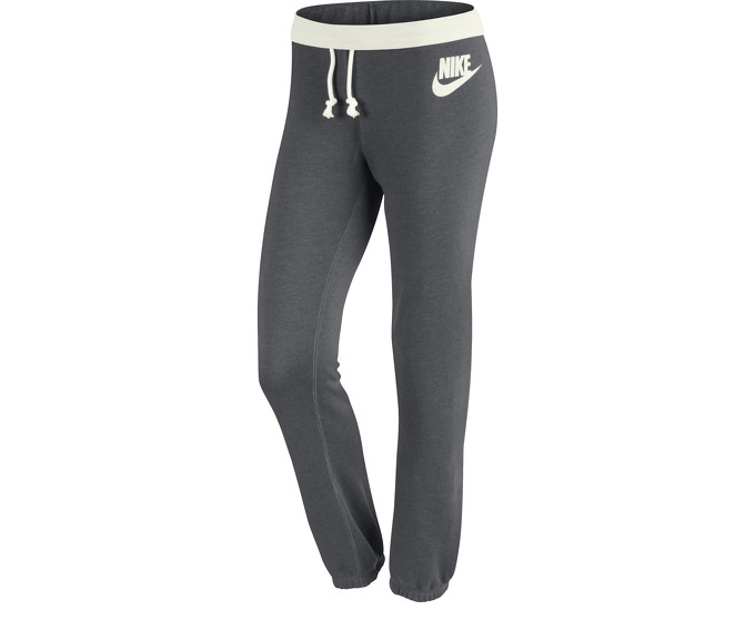 Nike Rally Small Futura Women s Trousers за 2000 руб.