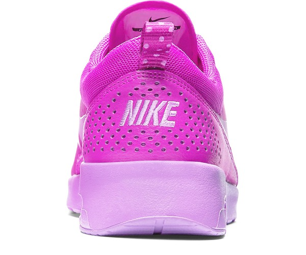 WMNS NIKE AIR MAX THEA за 5300 руб.