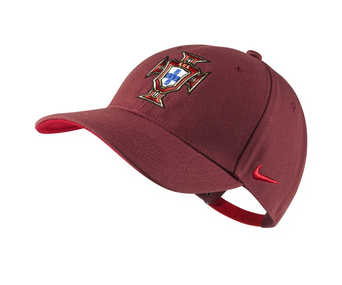 NIKE PORTUGAL CORE CAP за 700 руб.