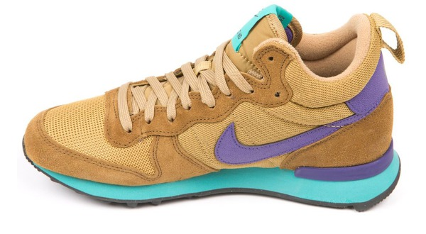 Nike Wmns Internationalist Mid за 4600 руб.