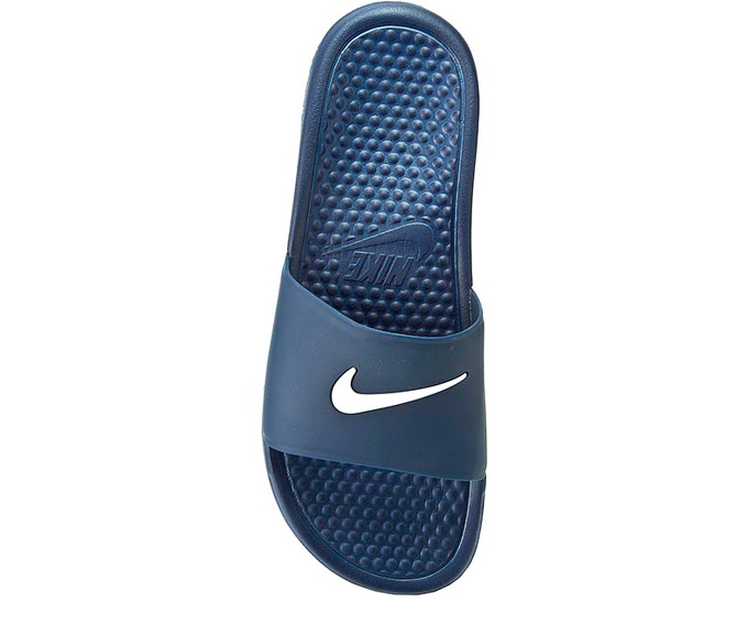 NIKE BENASSI SHOWER SLIDE за 1100 руб.