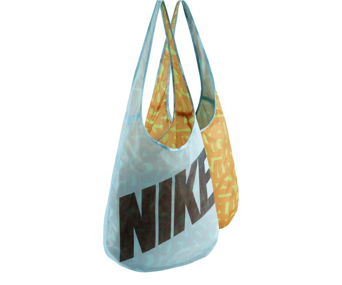 NIKE GRAPHIC REVERSIBLE TOTE за 1200 руб.