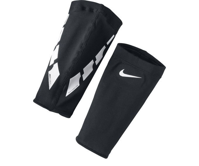 NIKE GUARD LOCK ELITE SLEEVE за 300 руб.
