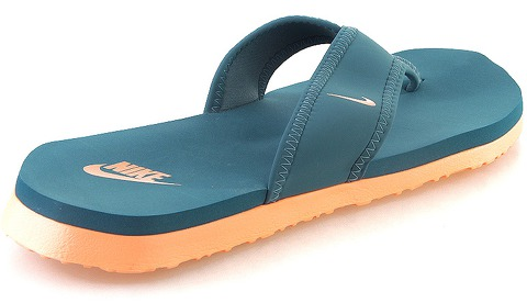 Nike Celso Thong Plus за 1100 руб.